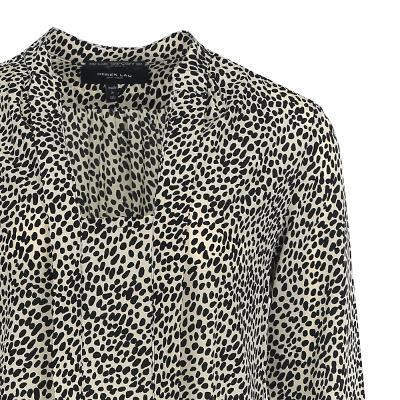 dot pattern low neck blouse